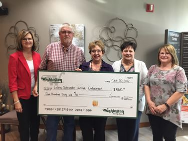 Washington Savings Bank contributes to LeAnn Schroeder Hardiek Friendship Endowment