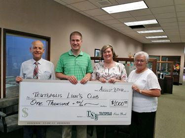 Teutopolis State Bank Fund awards grant to Teutopolis Lion's Club